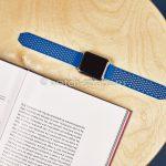 Синий ремешок Noomoon LABB на часах Apple Watch