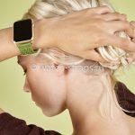 Зеленый ремешок Noomoon LABB на часах Apple Watch